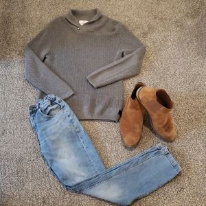 Zara Boys Gray Knit Sweater EUC 👌 size: 11/12